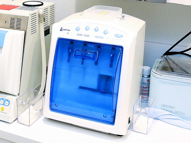 タービン・ハンドピース専用洗浄&滅菌器